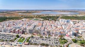 aerial Touristische Stadt Monte Gordo, Ansicht vom Himmel Stockbild