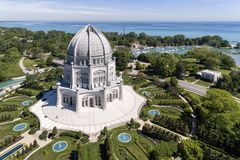 Baha`i Temple and Lake Michigan Royalty Free Stock Images