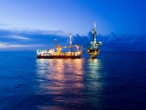 Free Aerial View Of Tender Drilling Oil Rig Barge Oil Rig Stock Photography - 100987952