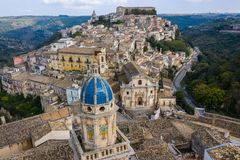 Free Aerial View Of The Old Town Of Ragusa And A Winding Road. Sicily Island Italy Royalty Free Stock Photos - 167327058