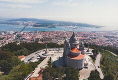 Free Aerial View Of Viana Do Castelo, Norte Region, Portugal, With Basilica Santa Luzia Church, Shot From Drone Stock Photo - 168754470