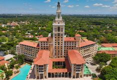 Free Aerial View On Biltmore Hotel Miami Coral Gables Stock Photo - 183280410