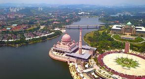 Aerial view of Putra mosque with garden landscape design and Putrajaya Lake, Putrajaya. The most famous tourist attraction in. Kuala Lumpur City, Malaysia royalty free stock image