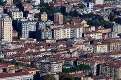 aerialview del spezia del la de una colina Fotografía de archivo