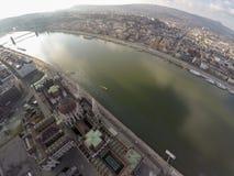 Aerival-Ansicht über Fluss Donau Stockbild
