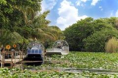 Aero-barca nella palude Fotografia Stock