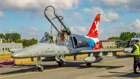 Aero- L-159T1 Alca - tjeckisk stråle för militär utbildning royaltyfri foto