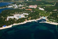 Aero panoramisches Foto von Porec-Halbinsel Stockbild