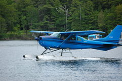 Aero service för röder i den långa sjön NY Arkivfoton