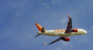 Aero- vuelo en las nubes Fotografía de archivo libre de regalías