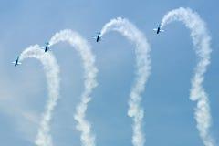 Aerobatic Bildschirmanzeige der Blätter Lizenzfreie Stockfotos
