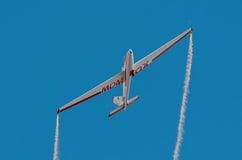 Aerobatic Gruppenbildung Zelazny am blauen Himmel Lizenzfreie Stockfotografie