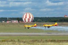 Aerobatic lag Arkivbild