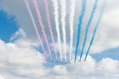Aerobatic lag i handling Royaltyfri Bild