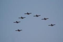 Aerobatic Team Al Fursans mit den Flugzeugen Aermacchi MB-339 Lizenzfreie Stockfotos