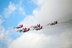 Aerobatic Teams Swifts (Strizhi) auf Flächen MiG-29 auf dem Interna Stockfotos