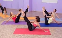 Aerobes heißes Pilates Lizenzfreies Stockbild