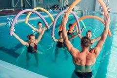 Aerobica dell'acqua, sport acquatico sano Fotografia Stock