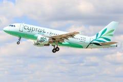 Aerobus A320 od Cypr zdjęcie stock