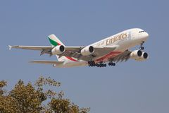 Aerobus A380 od emiratów zdjęcia royalty free