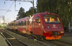 Aeroexpress-Zug am Bahnhof Belorussky Moskau, Russland Lizenzfreie Stockfotos