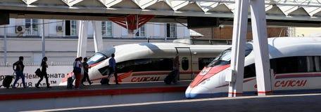 Aeroexpress-Zug Sapsan an der Leningrad-Station Moskau, Russland Lizenzfreie Stockfotos