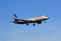 Aeroflot Airbus A321 landing Stock Photos