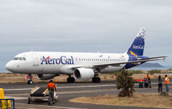 AeroGal airbus arrives in Baltra airport Galapagos Royalty Free Stock Photos