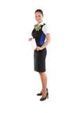 Aeromoça de ar feliz que guarda o bilhete Foto de Stock