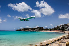 Aeroplane InselAir is landing on Princess Juliana International Stock Photography