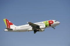 Aeroplano Airbus A319 Imagenes de archivo