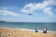 Aeroplano alla spiaggia di Phuket Fotografia Stock Libera da Diritti