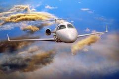 Aeroplano in aria fotografia stock