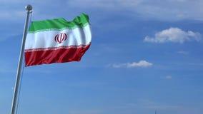 Aeroplano che sorvola bandiera d'ondeggiamento dell'Iran video d archivio