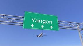 Aeroplano commerciale del motore gemellato che arriva all'aeroporto di Rangoon Viaggiando alla rappresentazione concettuale 3D de Immagine Stock