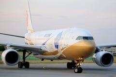 Aeroplano de Air China en Ferihegy, Hungría Foto de archivo libre de regalías