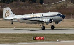 Aeroplano de Breitling DC-3 en Zagreb Fotos de archivo