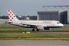 Aeroplano de Croatia Airlines Airbus A319 Imágenes de archivo libres de regalías
