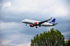 Aeroplano de las L?NEAS A?REAS del SAS fotos de archivo libres de regalías