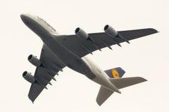 Aeroplano de Lufthansa Airbus A380 Imagen de archivo libre de regalías