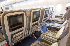Aeroplano de Lufthansa Airbus A380 dentro de asientos Fotografía de archivo