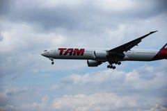 Aeroplano del AIRE TAM foto de archivo libre de regalías