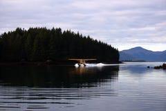 Aeroplano del castoro dell'isola del Kodiak immagine stock