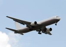 Aeroplano del jet del cargo fotografía de archivo libre de regalías