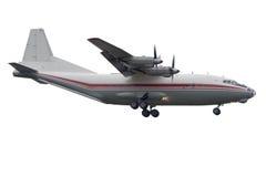 Aeroplano del turbopropulsore che si avvicina a Rwy Fotografia Stock Libera da Diritti