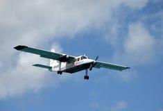 Aeroplano dell'elica di collegamenti aerei di Anguilla Fotografia Stock