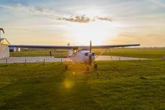 Aeroplano di accordo Immagini Stock