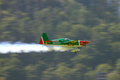 Aeroplano di acrobazie aeree Fotografie Stock