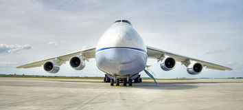 Aeroplano di Antonow immagini stock