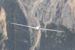 Aeroplano di modello controllato radiofonico in volo Immagine Stock Libera da Diritti